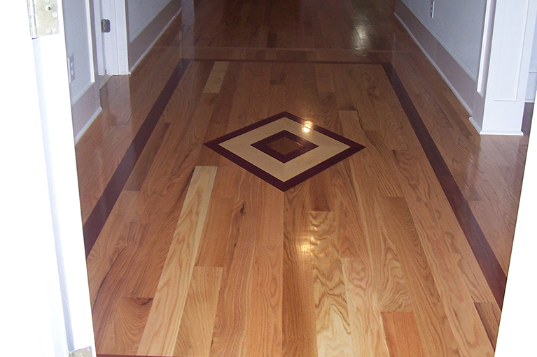 Hardwood Floor Inlays wood floor border inlay wood floor border inlay img3 555x416 Custom Inlay